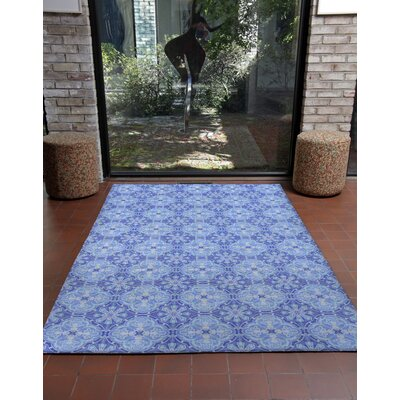 Irwin Nain Blue Area Rug Rug Size: 33 x 48