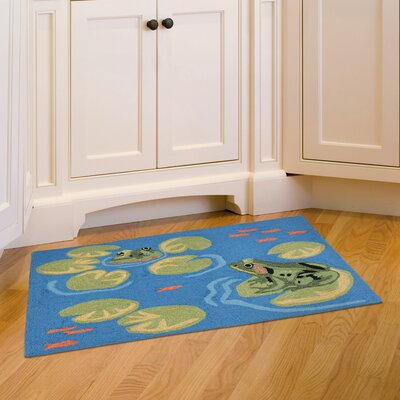 Colebrook Frogs Hand-Tufted Green/Blue Indoor/Outdoor Area Rug Rug Size: Rectangle 18 x 26