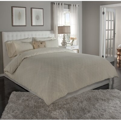Ogee 3 Piece Duvet Cover Set Size: King, Color: Ivory