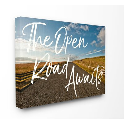 'The Open Road Awaits Desert' Graphic Art Print on Wood Format: Wrapped Canvas, Size: 16
