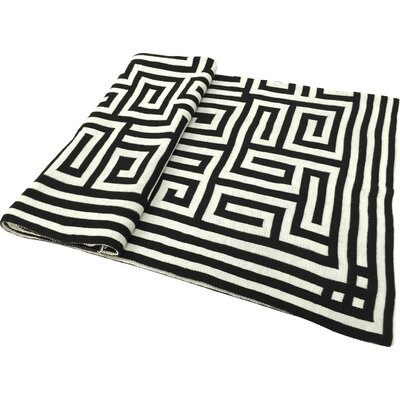 Chevron Jacquard Throw Color: Black
