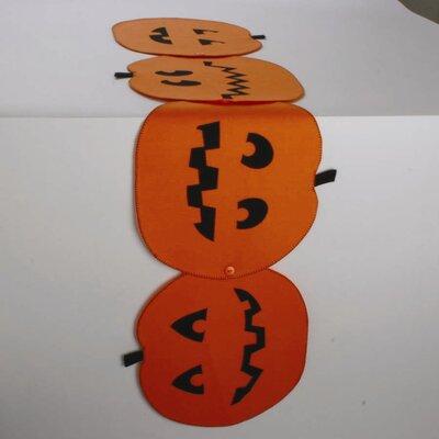 Pumpkin-shaped Runner