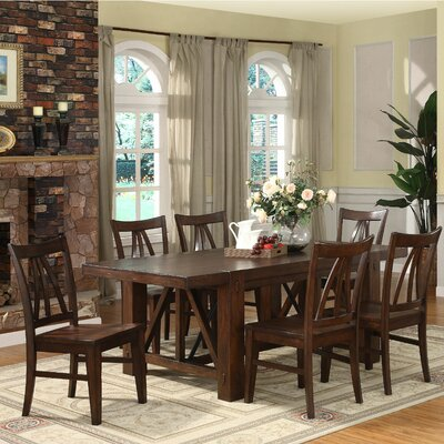 Riverside Furniture Castlewood Dining Table (7 Pieces)