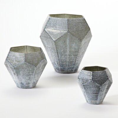 Linea Vase Size: Medium image