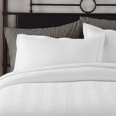 Chevron Sham Size: Standard, Color: White