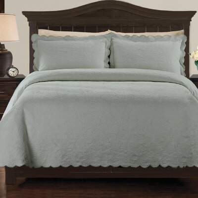 Kinsley Coverlet Size: Queen, Color: Silver Blue