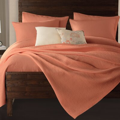 Gaetan Coverlet Color: Apricot, Size: Full/Queen