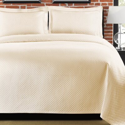 Diamante Coverlet Size: Full/Queen, Color: Ivory