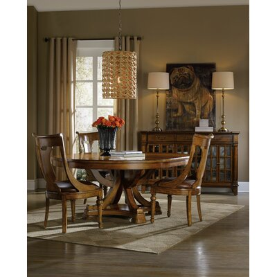Tynecastle 60in Round Pedestal Dining Table w/1-18in Leaf