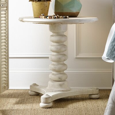 Sunset Point End Table Color: Hatteras White