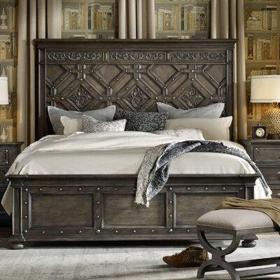 St. Armand Panel Bed Size: California King