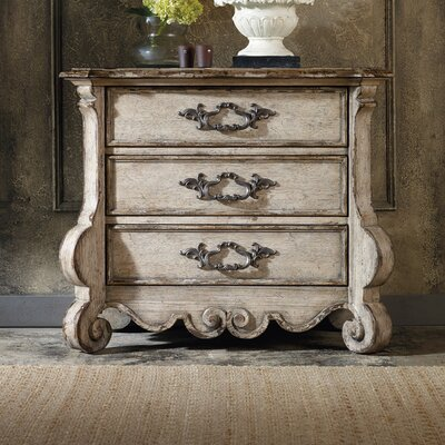 Chatelet 3 Drawer Bachelors Chest