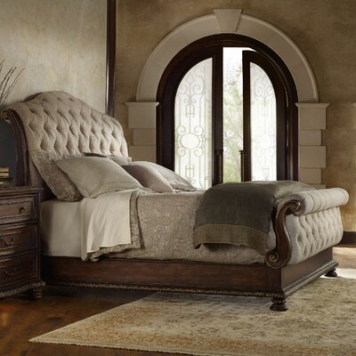 Adagio Sleigh Bed Size: King
