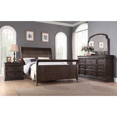 Xcalibur Sleigh Customizable Bedroom Set