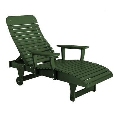 Heritage Chaise Lounge Color: Turf Green