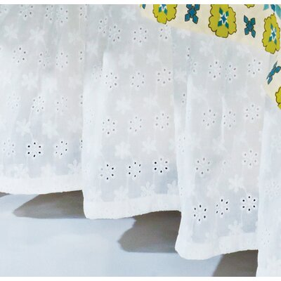Barrier Eyelet Bed Skirt Size: Queen
