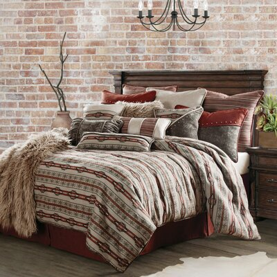 Larsen 4 Piece Bedding Set Size: Queen