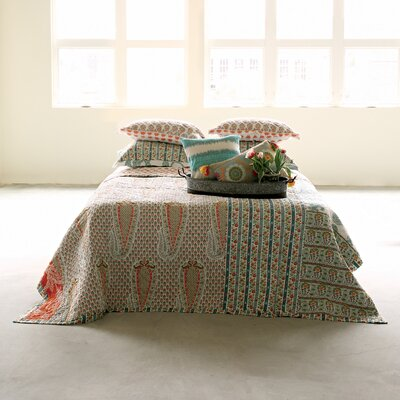 Bungalow Lane Screen Printed Bed Quilt Size: Queen