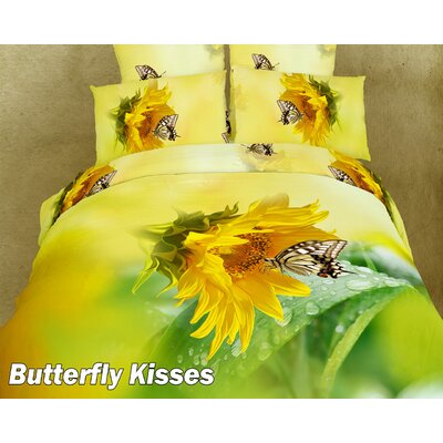 Butterfly Kisses Duvet Cover Set Size: Full/Queen