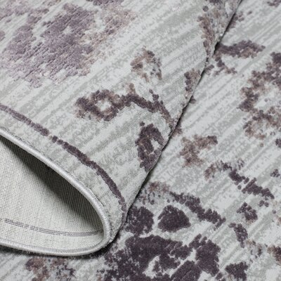 Kenmare Gray/Mauve Area Rug Rug Size: 53 x 72