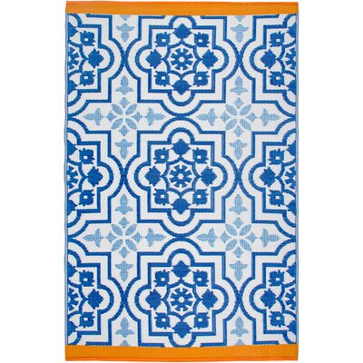Estate Blue Indoor/Outdoor Area Rug Rug Size: 5 x 8