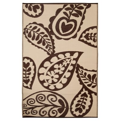 Paisley Chestnut/Cream World Indoor/Outdoor Area Rug Rug Size: 4 x 6