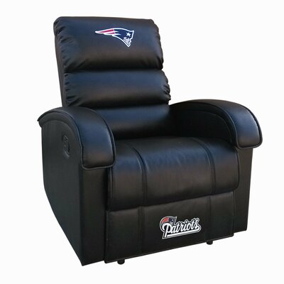 NFL Power Recliner NFL Team: New England Patriots