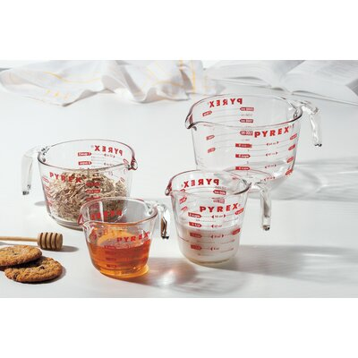 Pyrex 4 Piece Prepware Measuring Cup Set 1118989