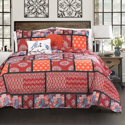 Massachusetts 5 Piece Reversible Quilt Set Size: Full/Queen