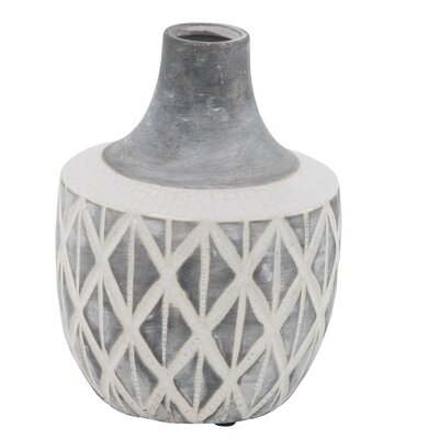 Dale Traditional Spouted Crisscross Table Vase