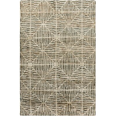 Bjorn Beige/Forest Area Rug Rug Size: 5 x 8