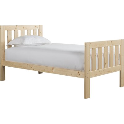 Lakecrest Slat Bed Size: Twin, Color: Natural