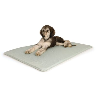 Cool Bed III Thermoregulating Pad Size: Medium (32 W x 22 D x 0.5 H)
