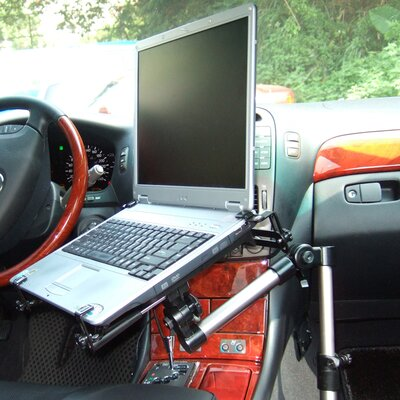 In-vehicle Laptop Mount