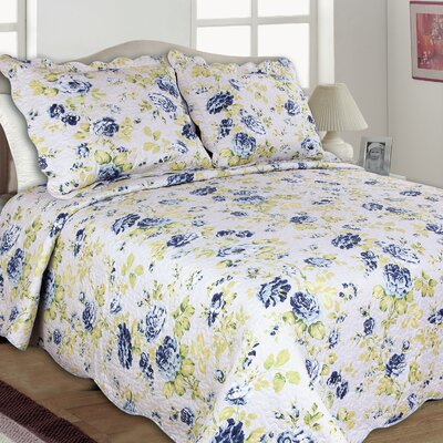Joanne Reversible Quilt Set Size: King