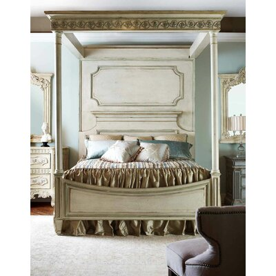 Biltmore Vanderbilt King Canopy Bed Color: Connoisseur/Muslin, Accent: Silver