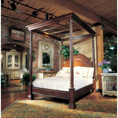 Canopy Bed Color: Connoisseur/Muslin, Size: King, Accent: Silver