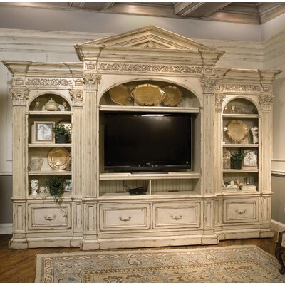 Spoleto 158 Entertainment Center Color: Classic Studio/Antique Honey, Accent: Gold