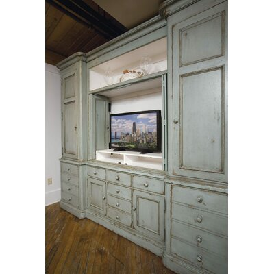 Carlisle 120 Entertainment Center Color: Classic Studio/Antique Honey, Accent: Champagne