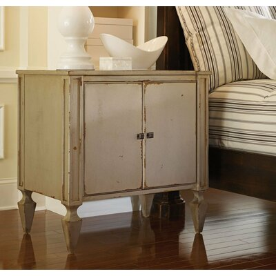 Classic Nightstand Color: Classic Studio/Antique Honey, Accent: Silver