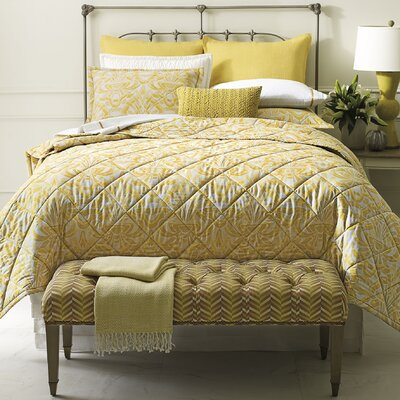 Axelle Quilt Color: Gold, Size: King