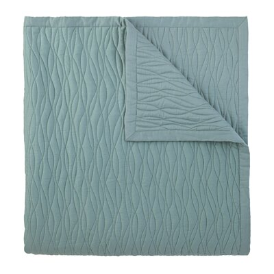 Fountain Quilted Sham Color: Lake, Size: Standard