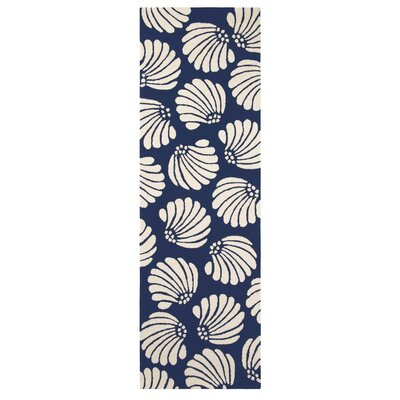 Coquille Hand-Hooked Navy Indoor/Outdoor Area Rug Rug Size: Runner 26 x 8