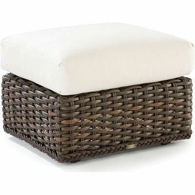 South Hampton Ottoman with Cushion Fabric: Vesper Ivory