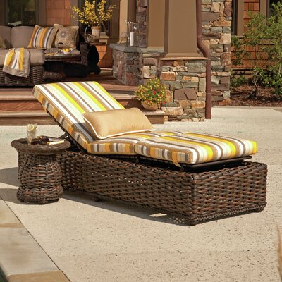 South Hampton Chaise Lounge with Cushion Fabric: Vesper Vapor