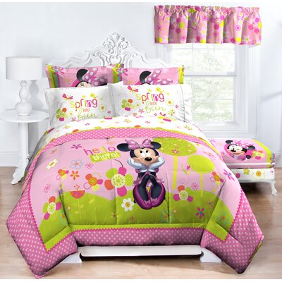 Minnie Bowtique Garden Party Midweight Down Alternative Comforter