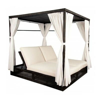 Affordable Daybed Product Photo