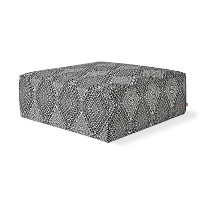Mix Cocktail Ottoman Body Fabric: White/Black