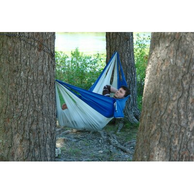 Easy Traveller Nylon Camping Hammock Color: Blue