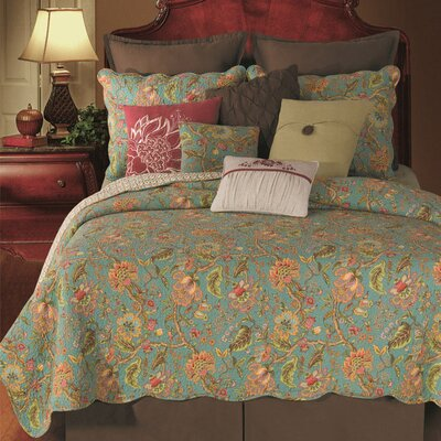 Marina Quilt Size: Full/Queen